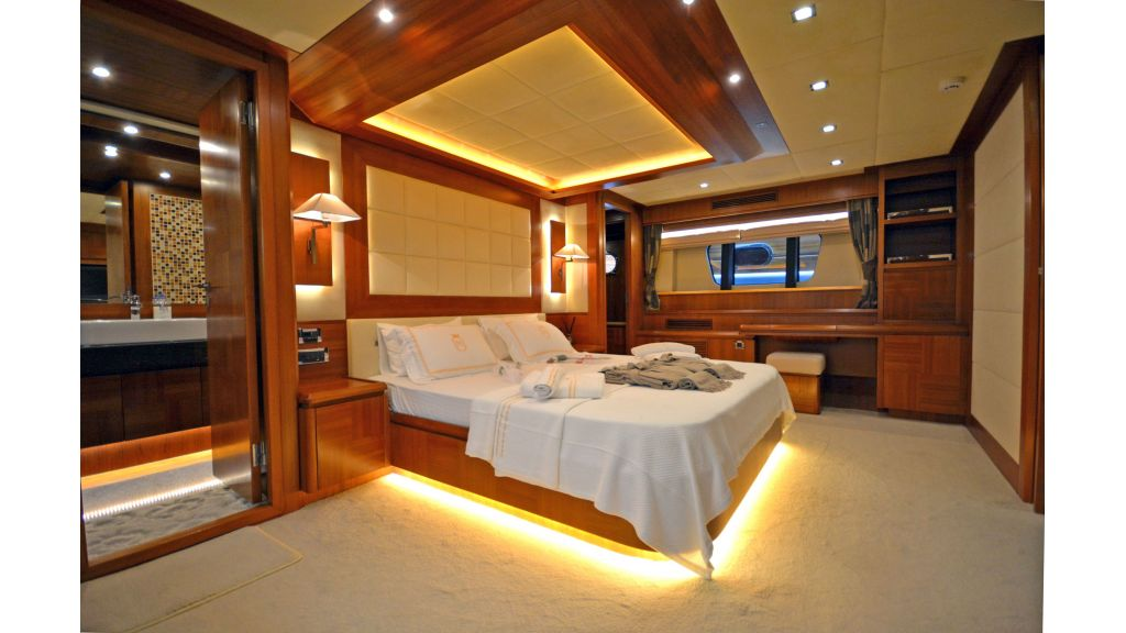 Composite Grp Motoryacht (27)
