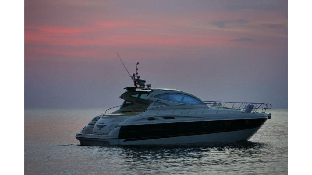 cranch 48 motor yacht (3)