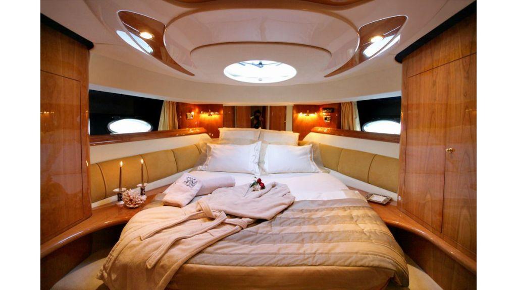 cranch 48 motor yacht-master