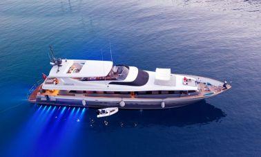 Crocus Luxury Motor Yacht (61)