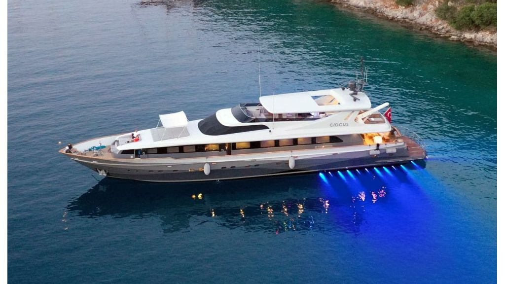 Crocus Luxury Motor Yacht (64)