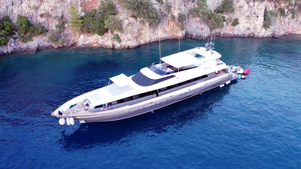Crocus Luxury Motor Yacht (65)