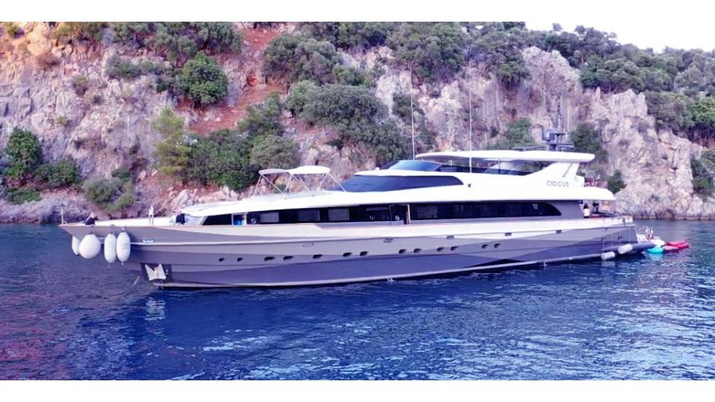 Crocus Luxury Motor Yacht (69)