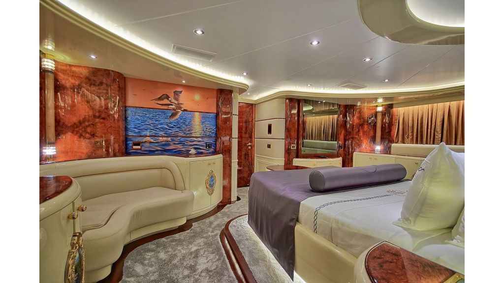 Crocus Luxury Motoryacht (5)