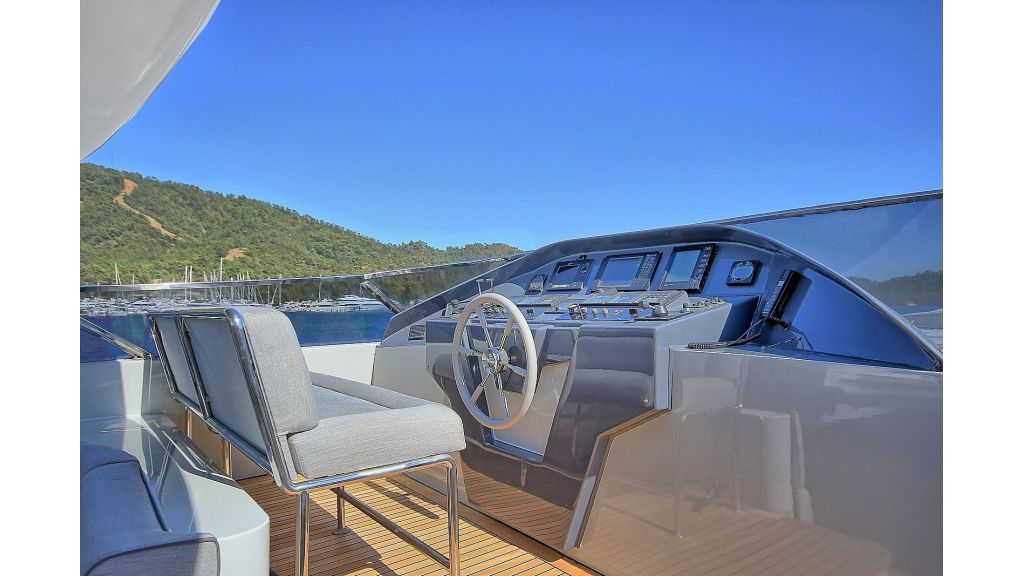 Crocus Luxury Motoryacht (66)