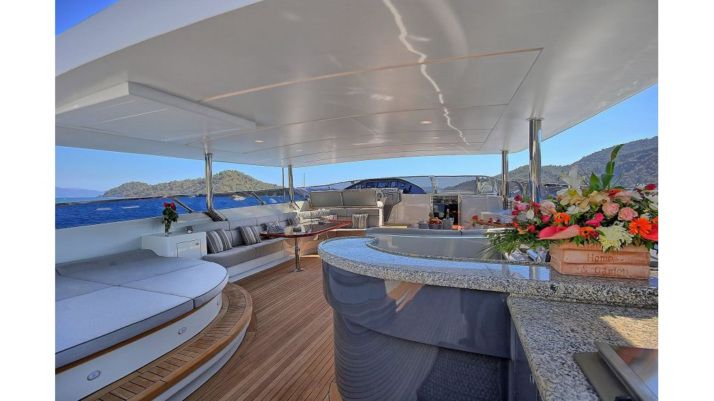 Crocus Luxury Motoryacht (68)