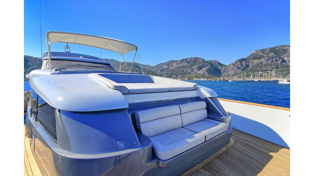 Crocus Luxury Motoryacht (76)
