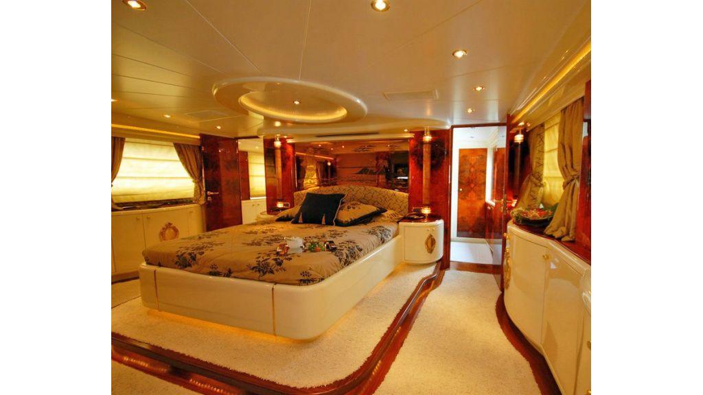 Crocus Motor Yacht (23)
