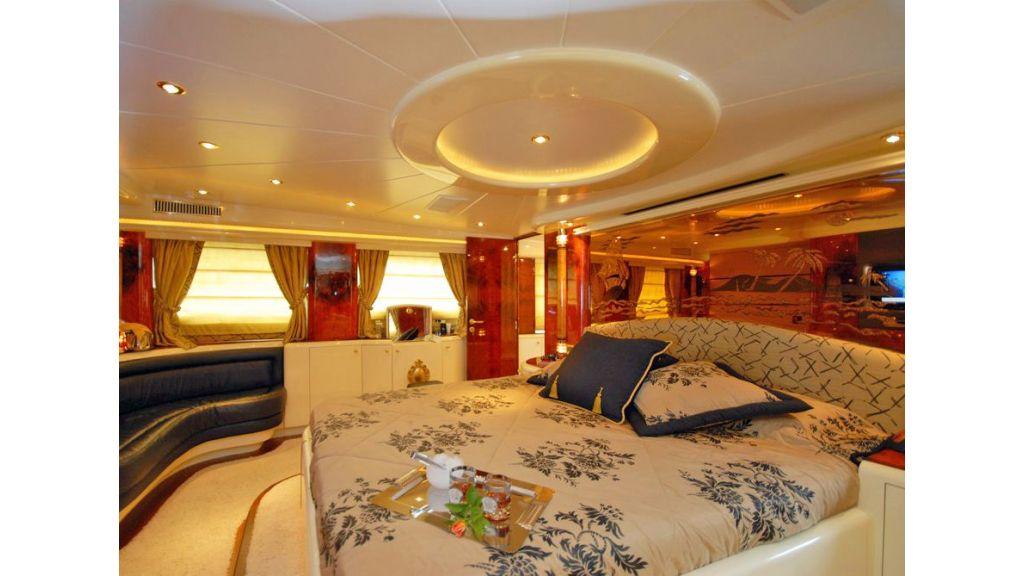 Crocus Motor Yacht (24)