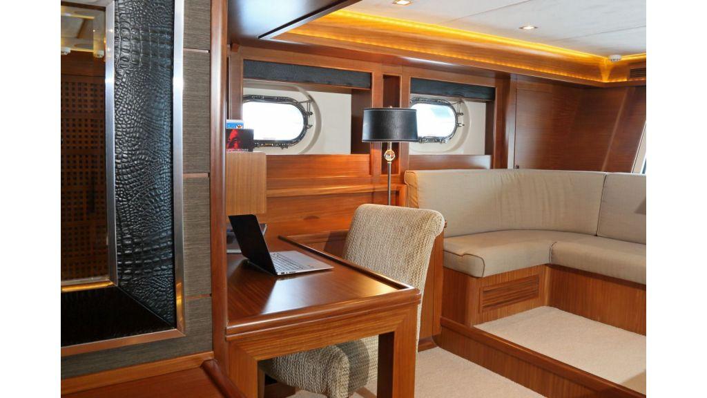 Daima Luxury-Sailing-yacht-Master Cabin