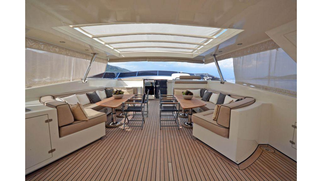Go Luxury Motor Yacht (10)