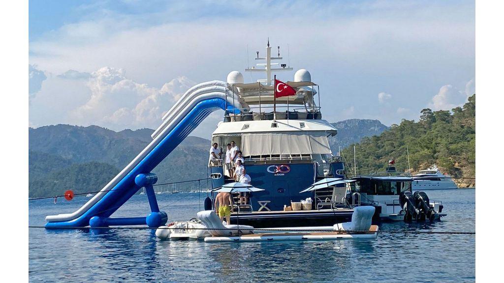 go-luxury-motor-yacht