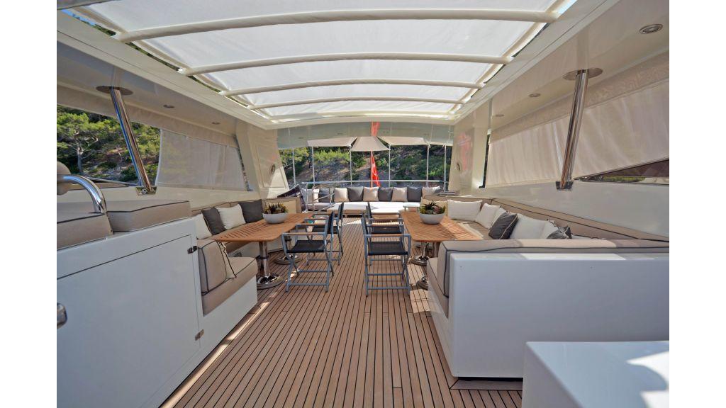 Go Luxury Motor Yacht (11)