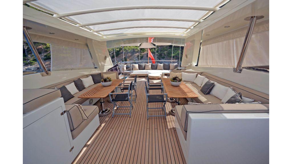 Go Luxury Motor Yacht (12)
