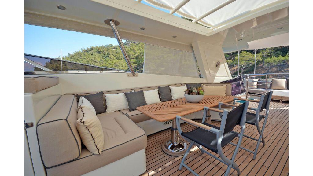 Go Luxury Motor Yacht (15)