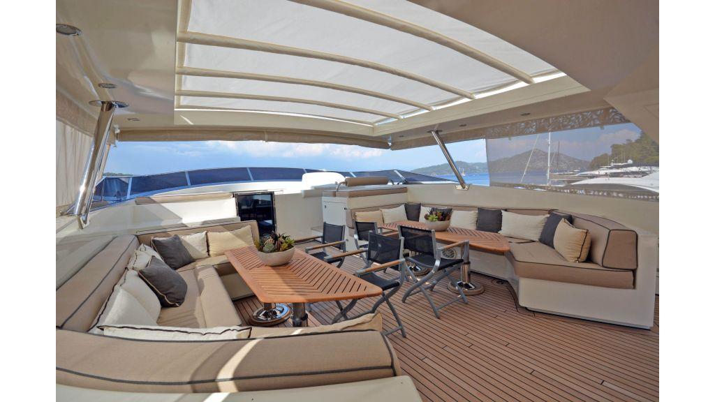 Go Luxury Motor Yacht (17)