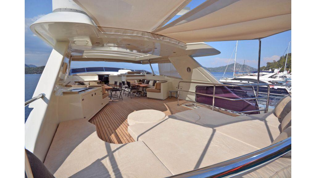 Go Luxury Motor Yacht (18)
