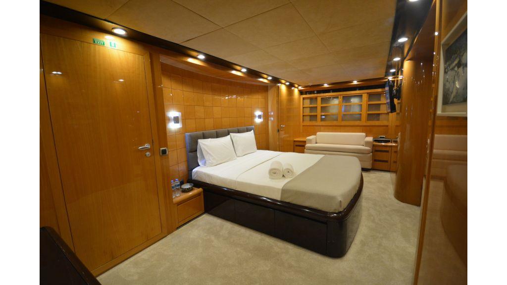 Go Luxury Motor Yacht (31)