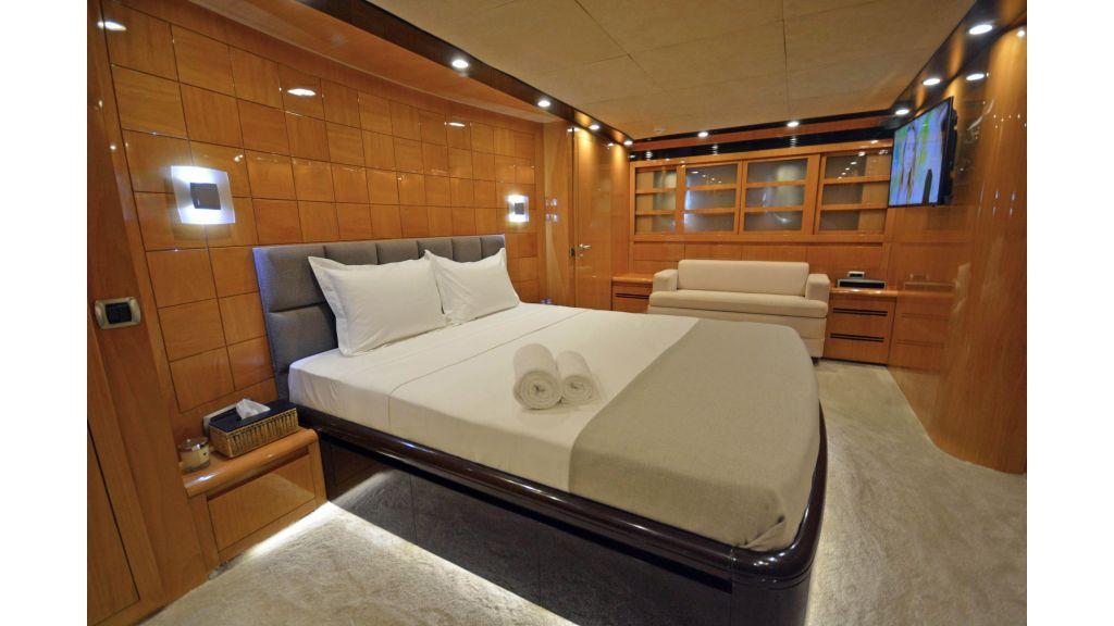 Go Luxury Motor Yacht (46)