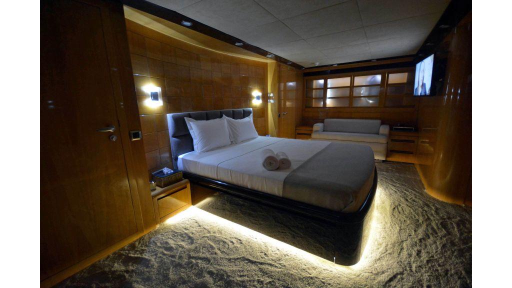 Go Luxury Motor Yacht (48)