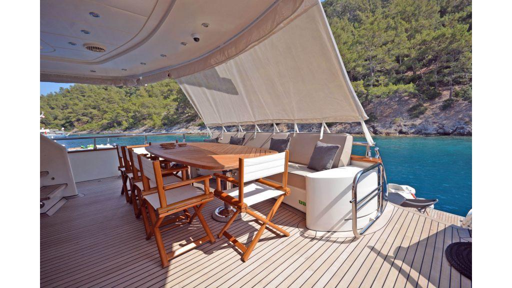 Go Luxury Motor Yacht (7)