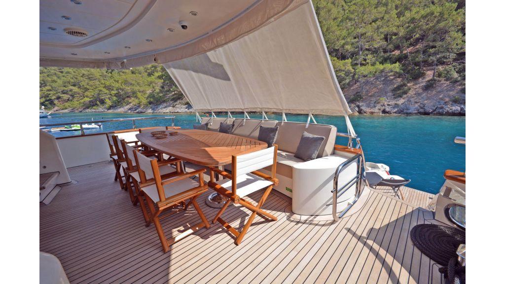 Go Luxury Motor Yacht (8)