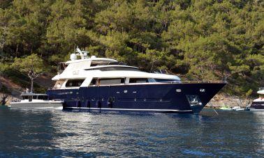 Go Luxury Motor Yacht