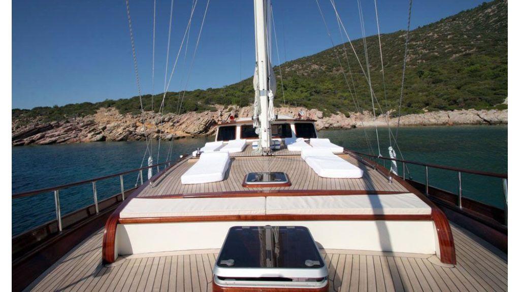 Hayal-62-Forward Suntanning Deck master