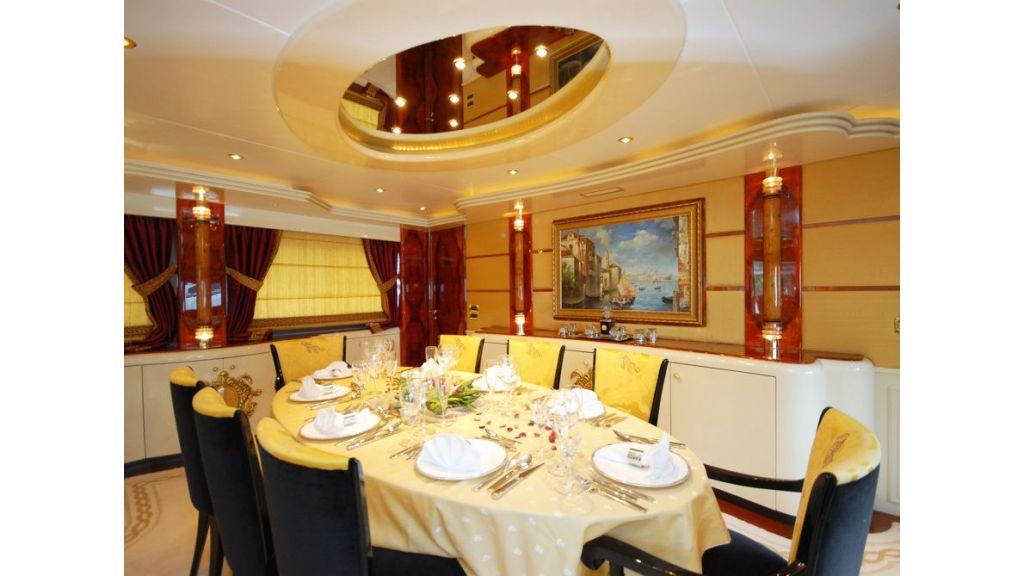 Hulya Motor-yacht master