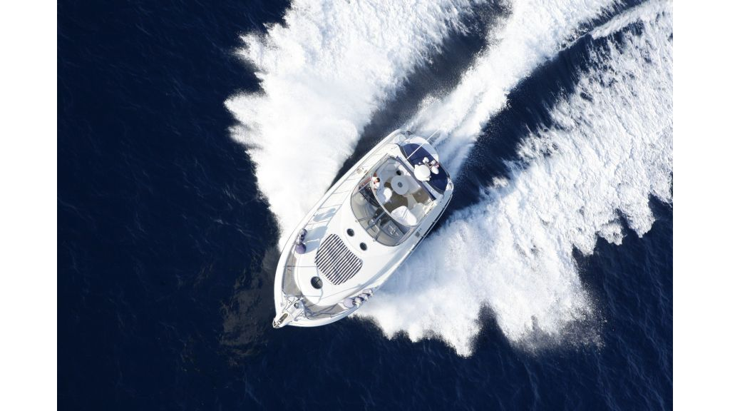 incognito motor yacht-6 (1)