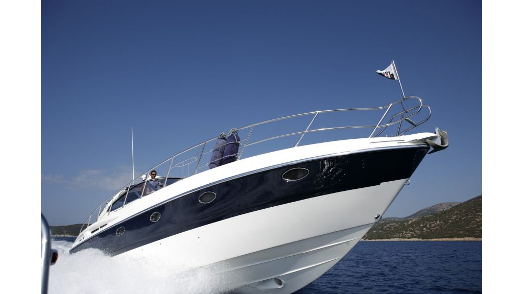 incognito motor yacht-6 (3)