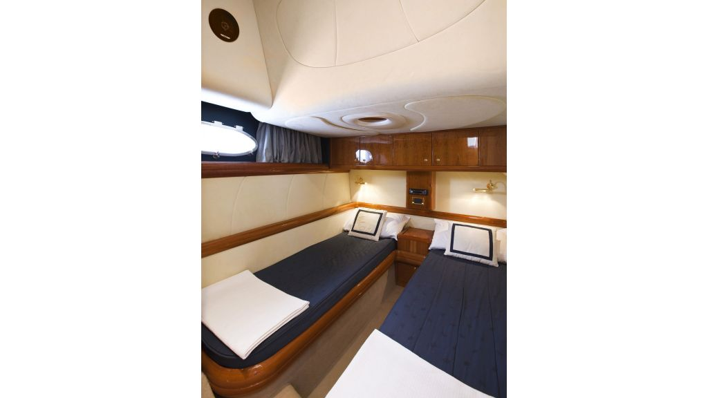 incognito twn guest cabin