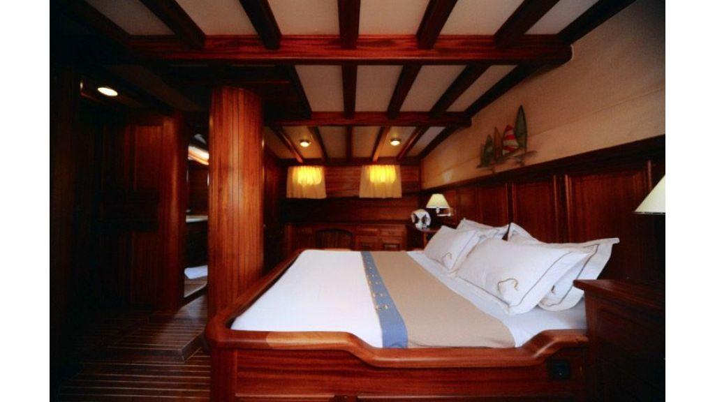Mahogany gulet master cabin