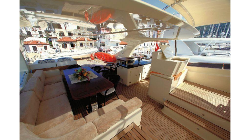 Motor Yacht Merve (3)