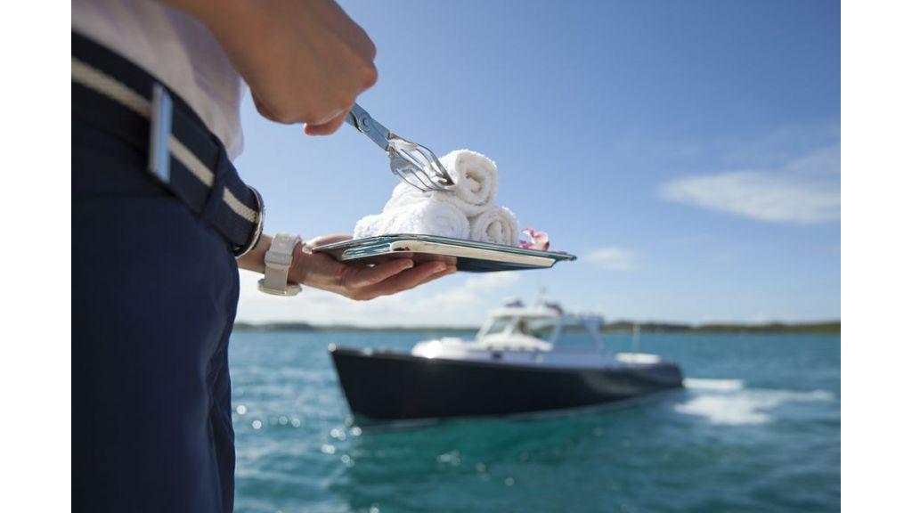Motor-Yacht-Starfire
