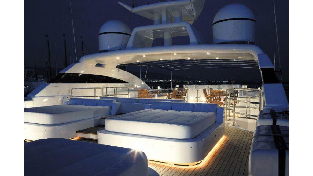 Oceanos Mega yacht (1)