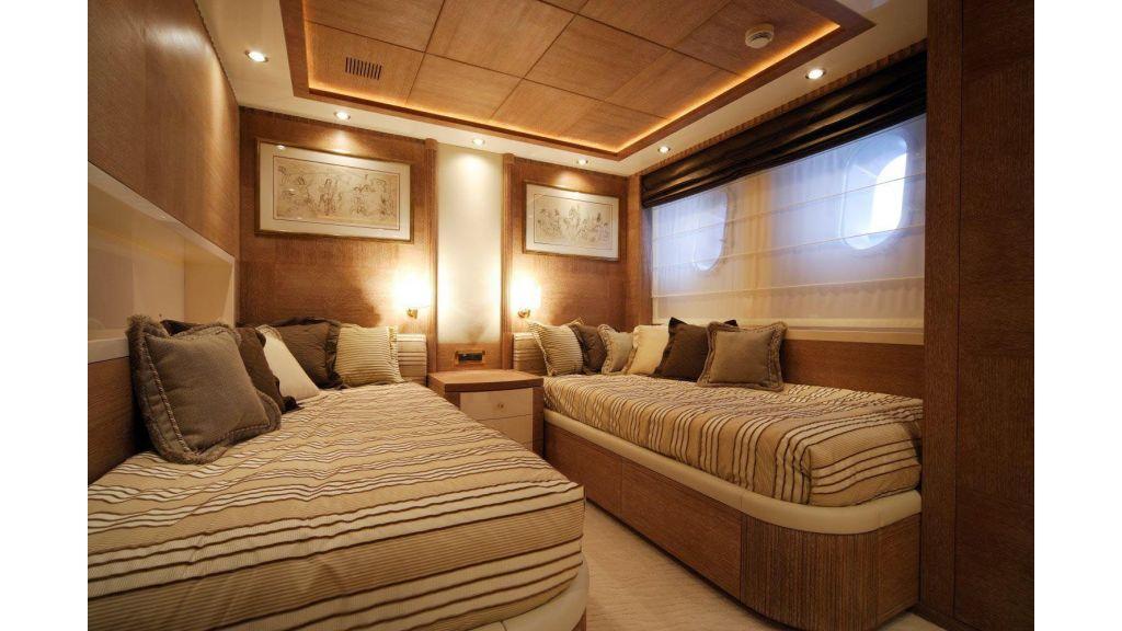 Oceanos Mega yacht (5)