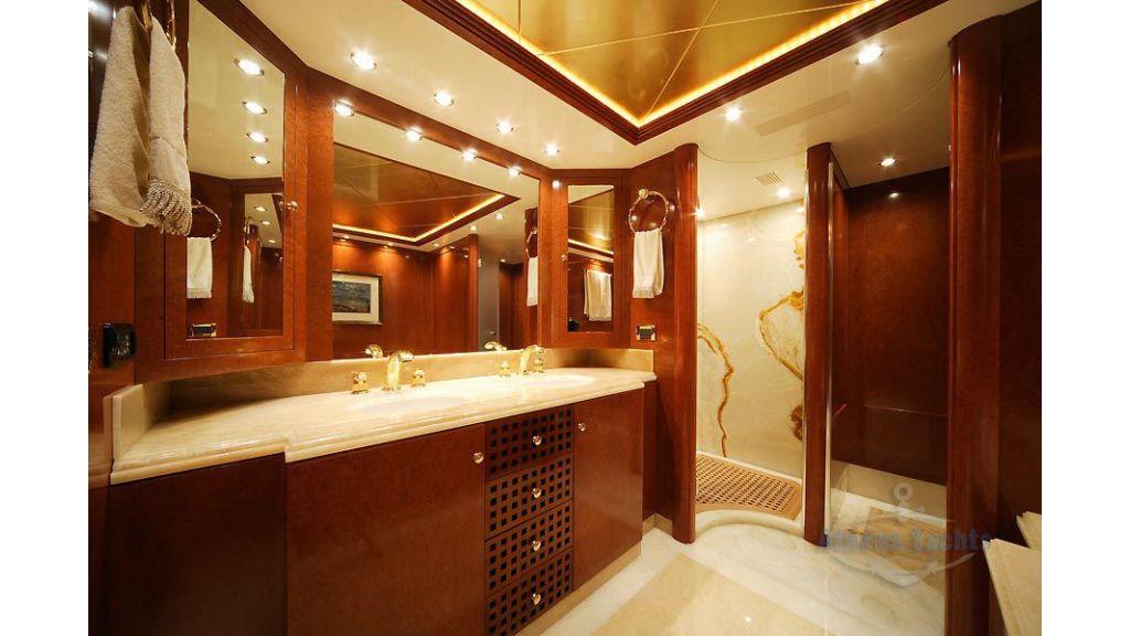 Oceanos Mega yacht (6)