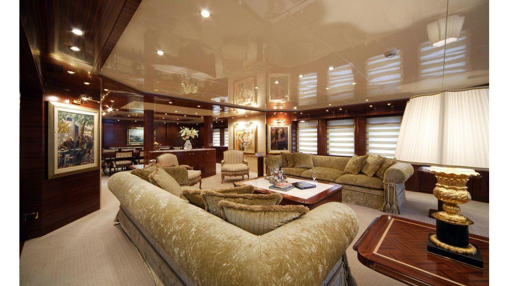 Oceanos Mega yacht-master