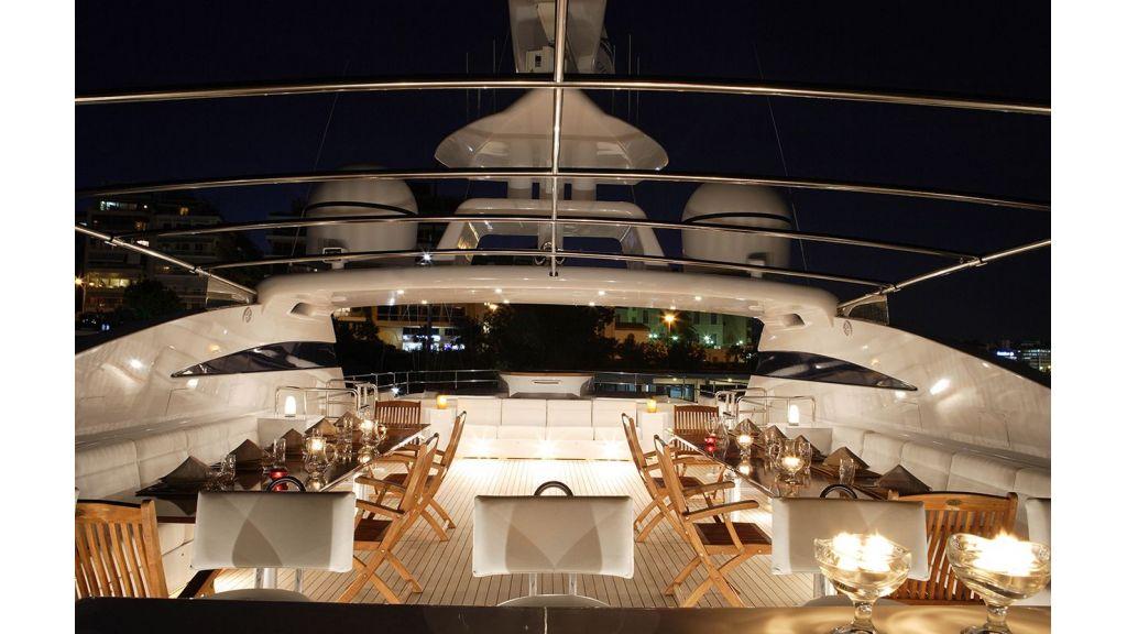 Oceanos-Mega-yacht-master