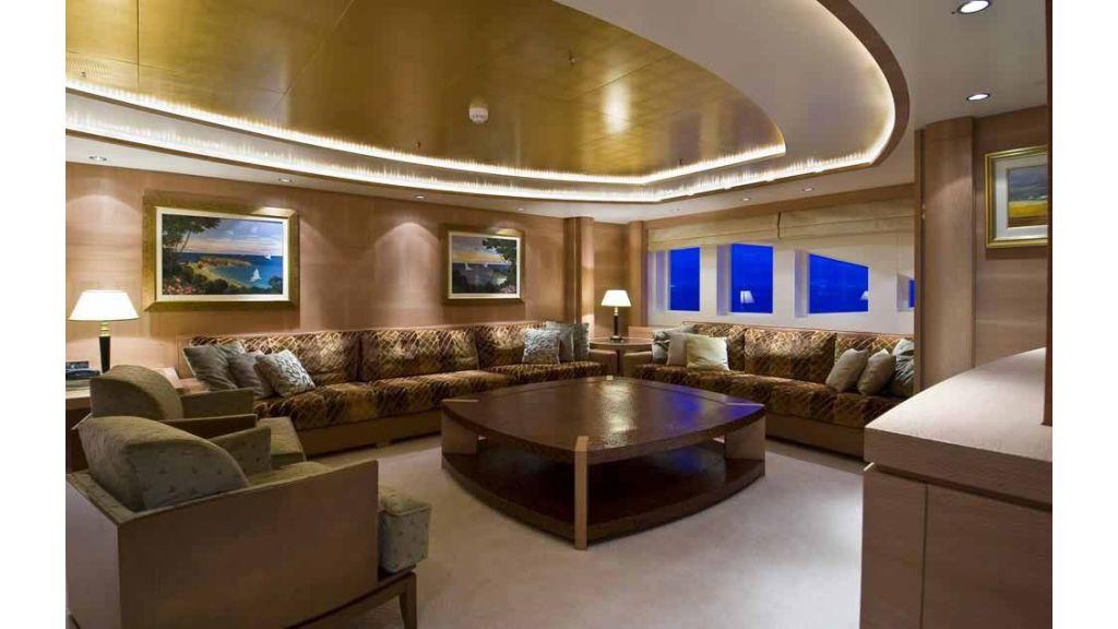 Oneiro Motoryacht charter  (4)