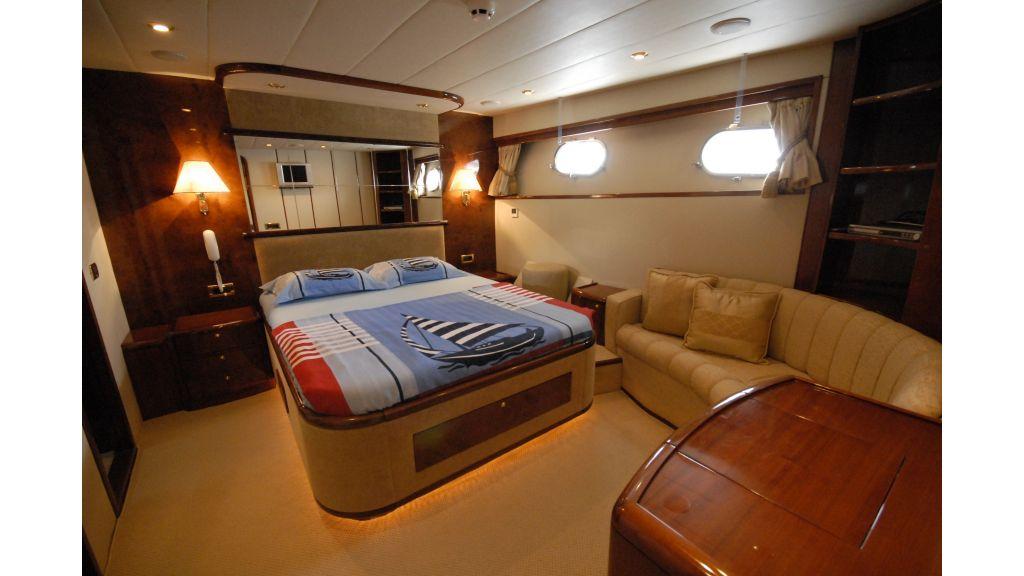 pleasure-motoryacht (12)