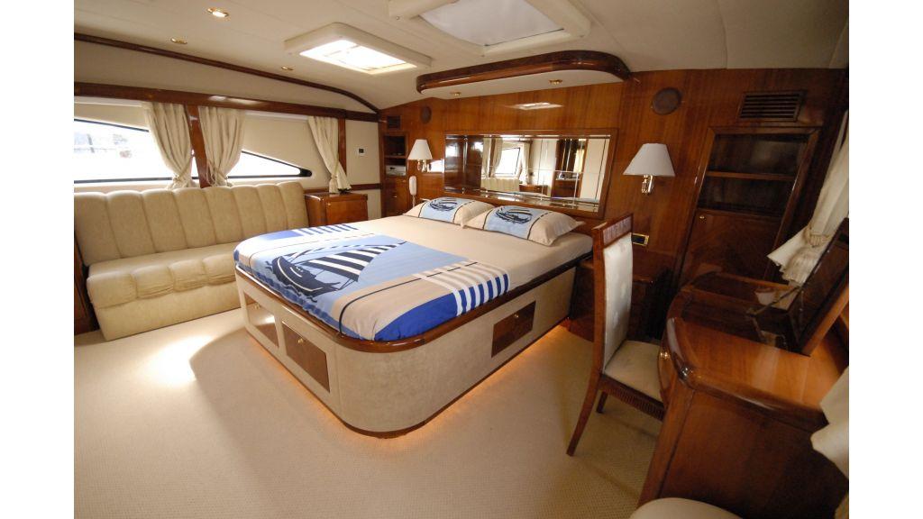 pleasure-motoryacht (8)