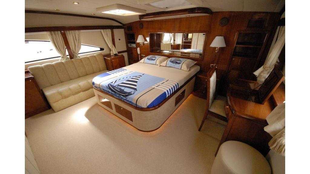 pleasure-motoryacht (9)