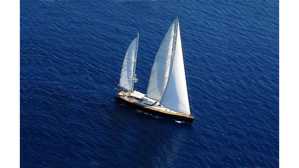 sailing yacht rozinante