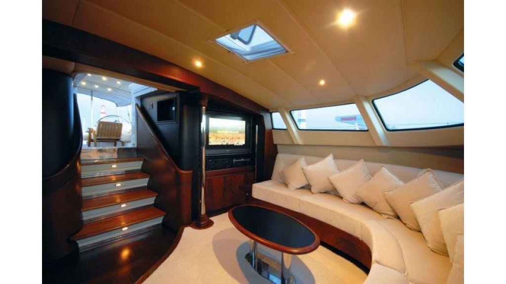Sailing_Yacht_Rozinante_-(10)