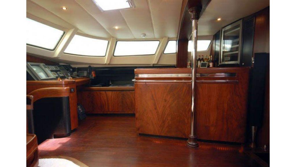 Sailing_Yacht_Rozinante_-(21)