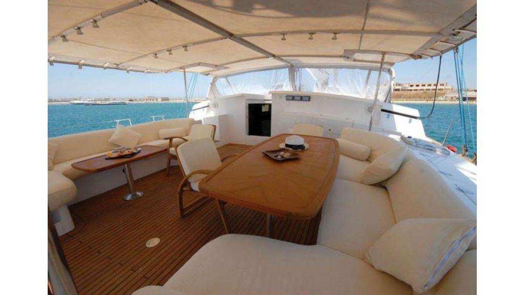 Sailing_Yacht_Rozinante_-(23)