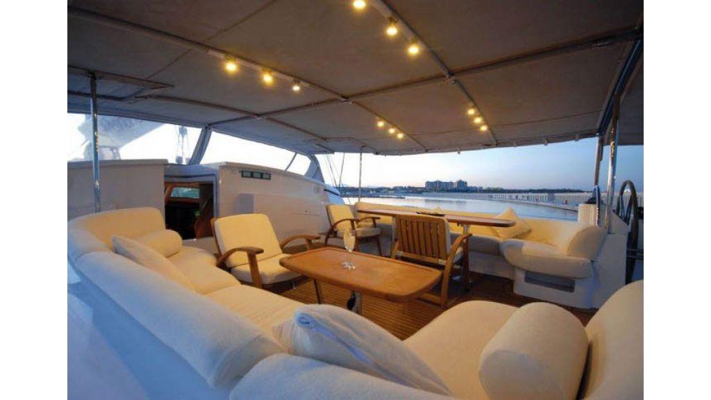 Sailing_Yacht_Rozinante_-(24)