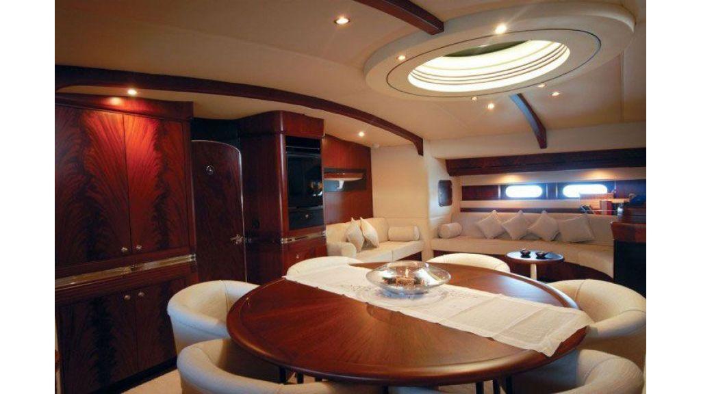 Sailing_Yacht_Rozinante_-(8)